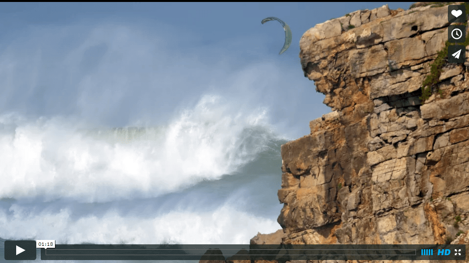 [:en]Big wave crash[:] 2