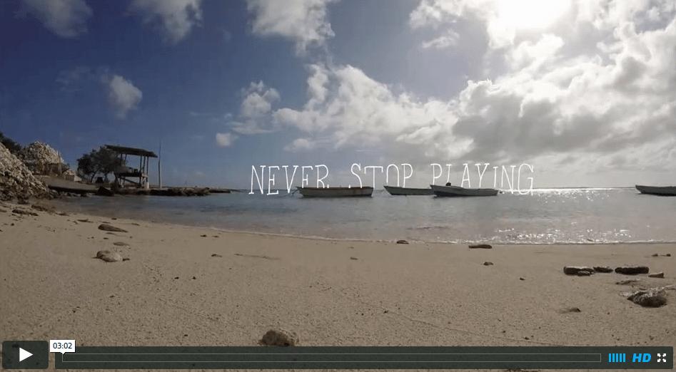 [:en]Never stop playing[:]