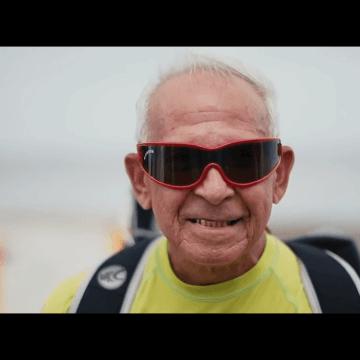 78 years old Kiteboarder